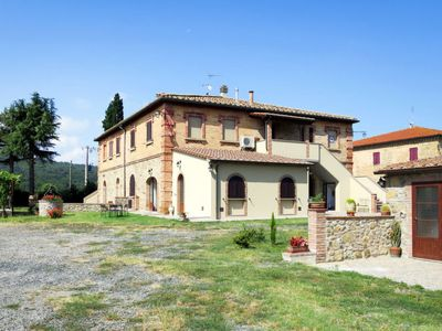 Photo for Apartment Podere Sant Elisa (PNC155) in Pomarance - 5 persons, 1 bedrooms