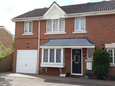 Photo for 4 Bed 2 bath Hse in Sawbridgeworth good for London, Cambridge, Stansted Airport