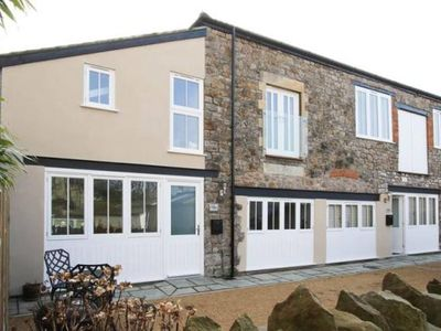 Photo for Elegant and Modern Coach House, Clevedon
