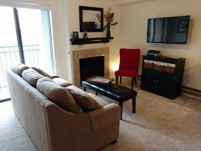 Photo for Top Floor, Mtn-View Condo, Cheerful & Tastefully Remodeled