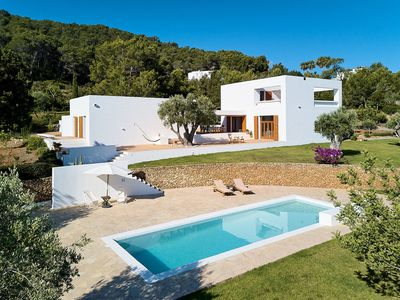 Photo for Exclusive Villa with Pool with Sea View, Terrace, Wi-Fi and Private Parking