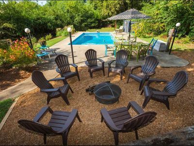 Pool & Hot Tub!  7 MILES TO DOWNTOWN! Huge Home!