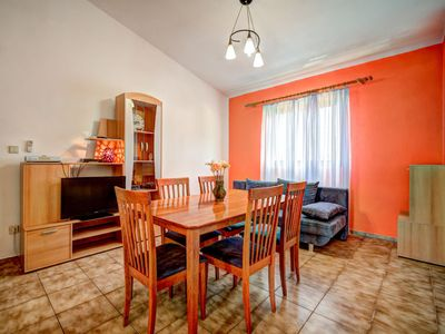 Photo for Apartment Lucija in Karlobag - 5 persons, 2 bedrooms