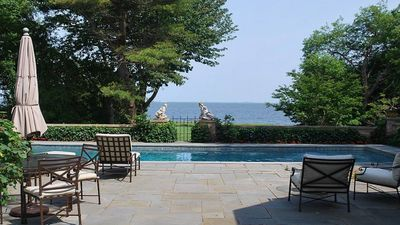 Photo for WATERFRONT HOME WITH PRIVATE BEACH ON THE BAY. SPECIAL MID-WEEK RATE