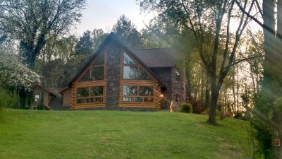 Photo for 3BR Cabin Vacation Rental in Townsend, Tennessee