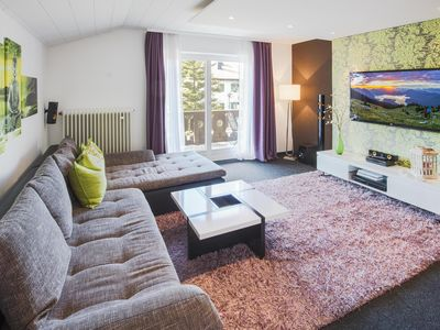 Photo for Modern, comfortable 4-star apartment for 2 people in Krün