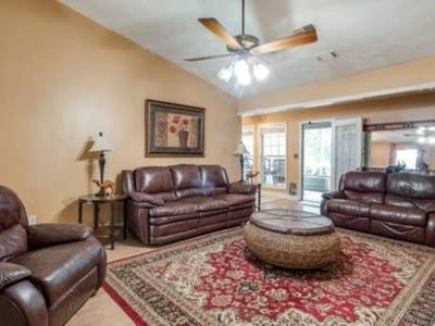Photo for Spacious Home Near Atlanta, Sweetwater Park and Six Flags and Airport