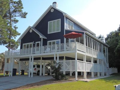Enjoy the ocean breeze on the deck or screened in porch!