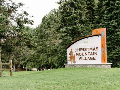 2 Bedroom Cottage @ Christmas Mountain Village Resort, Golf/Ski, Wisconsin Dells