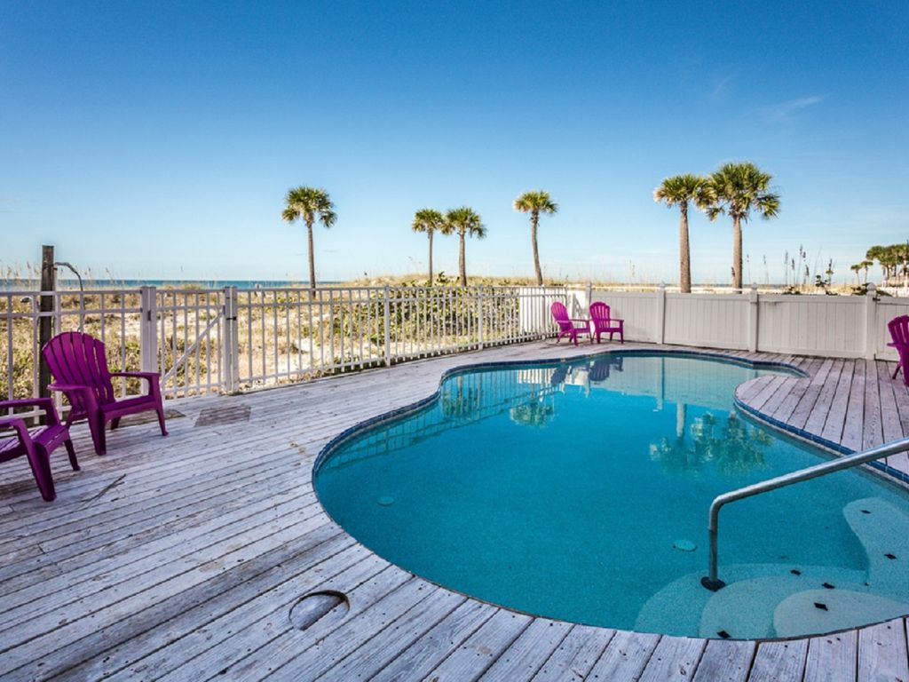 Direct beachfront cottage with private pool homeaway for Vacation rentals with private swimming pool