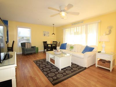 Photo for 2BR/2BA Recently Updated Condo!
