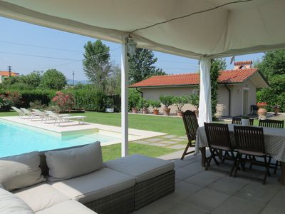 Photo for House with private pool in the countryside near Lucca