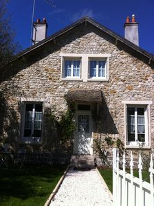 Photo for Charming, peaceful house in Barbizon located 200 meters from the forest