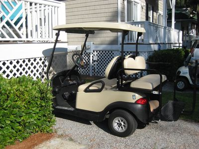 Golf cart for your use.