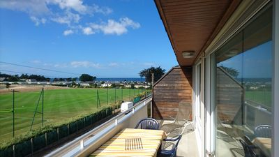 Photo for Dinard, sea view, 150m from the beach on the 2nd and last floor. 2-6 people