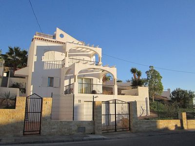 Photo for Holiday home (6 persons), with private swimming pool, terraces and sea view