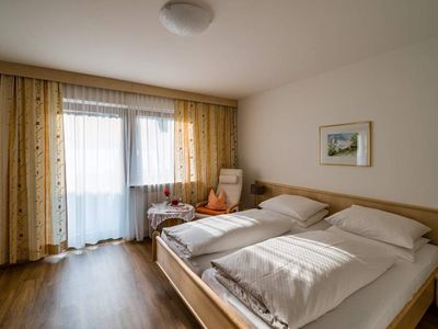 Photo for Cozy double room / shower, toilet and balcony - Weinschreiber, Apart & Pension ***