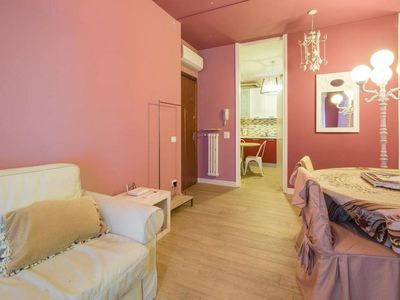 Photo for Residenza Roccamaggiore Rosa apartment in Verona with WiFi, air conditioning & balcony.
