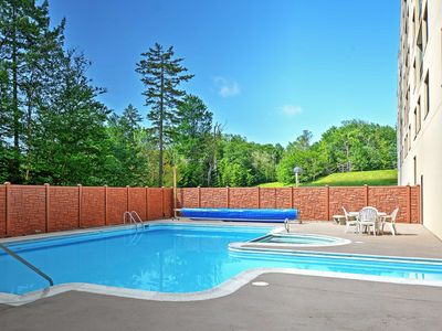 Photo for Snowshoe Condo w/ Mtn Views & Pool/Hot Tub Access!