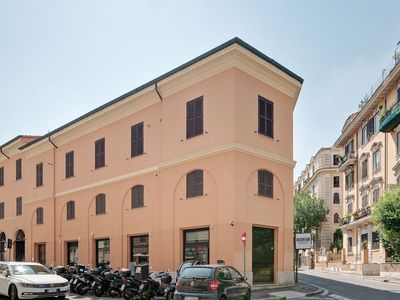 Photo for Peroni Apartment - Near Borghese Gallery