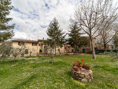 Photo for Typical residence in rural Tuscany Arezzo The Griffon