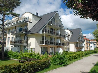 Photo for Apartment am Kurpark 01/12 - House by the sea on the Baltic Sea promenade