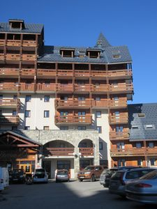 Photo for Les 2 Alpes, T2 - 4 people, ski-in ski out!