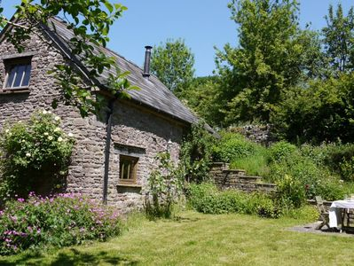 Photo for 2 bedroom Cottage in Abergavenny - 42840