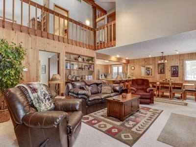 Photo for Cozy ski cabin w/ private hot tub, SHARC passes & great location!