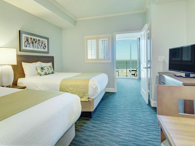 Photo for Spend the 4th of July in Oceanfront 1 bedroom condo, in a beautiful resort.