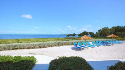 Photo for VRE 19-24   Exceptional Mariners Club villa on a white sandy sunning beach