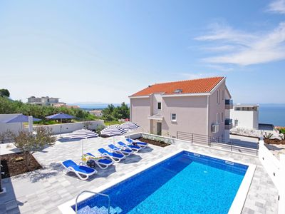 Photo for Holiday house Ferias with pool in Makarska, three bedrooms, 6 people, WiFi