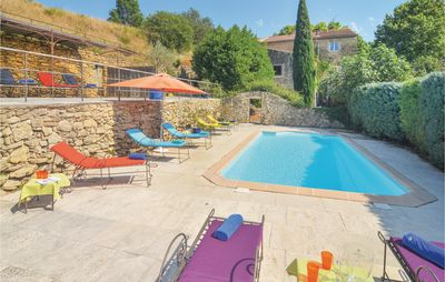 Photo for 6 bedroom accommodation in Cornillon Confoux