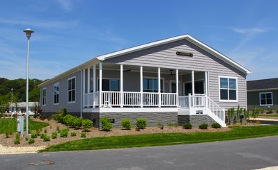 Photo for Waterfront Family Vacation (Unit 546) 4 Bed/3 Bath  Pet Friendly Home!