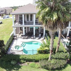 Photo for May Discounts! 4 En-suites, Free Grill/Pool Ht/Wifi , Spa, No Rear Neighbors!