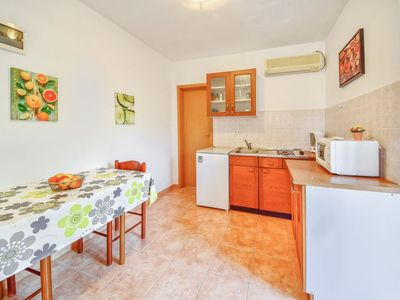 Photo for Apartment Marija in Cres/Cres - 2 persons, 1 bedrooms