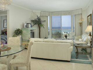Bright Cheerfull Living Area with Gulf View