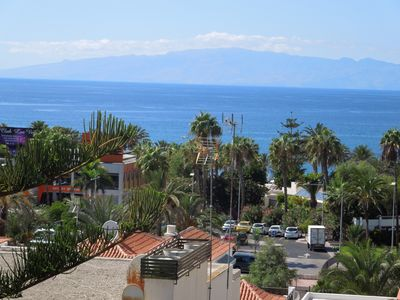 Photo for Apartment Casa Tropical in top location close to the beach, wifi, pool, sea view