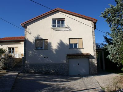 Photo for Apartment with air conditioning, satellite TV, internet and garden for 2 persons