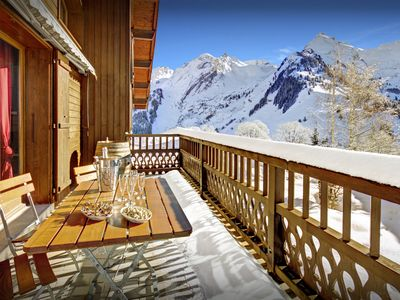 Photo for Hop on the bus for great skiing from this traditional chalet - OVO Network