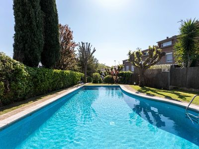 Photo for ALZINA - IDEAL FAMILIES AND FRIENDS - Townhouse with shared pool,  parking, wifi, ping pong table and football