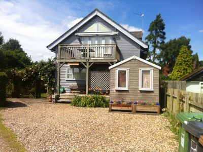 Photo for Waterside House With Garden (3 Bedrooms - Sleeps 5)