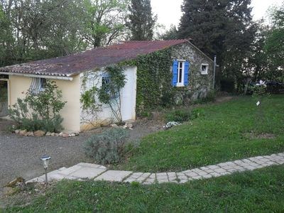 Photo for small house independent pyrenees face the heart of Madiran