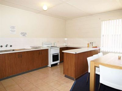 Photo for 2BR Apartment Vacation Rental in Shoalhaven Heads, NSW