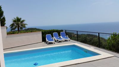 Photo for Beautiful modern contemporary villa with panoramic views and spetaculaire
