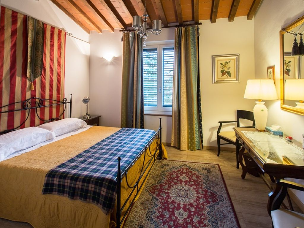 Superb Luxury Central Apartment.Terrace With Views Of All Florence. Lift. Free  WiFi. AC