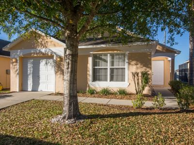 Photo for Pool – No Rear Neighbors – 30 Mins to Disney – Golf – Southern Dunes