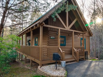 Photo for Convenient to Dollywood!Just off the Parkway between Pigeon Forge and Gatlinburg