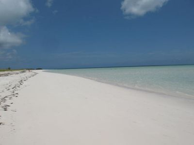 Photo for 3BR Villa Vacation Rental in Spanish Wells, Eleuthera