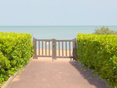 Photo for Apartment facing sea with sea view in Houlgate